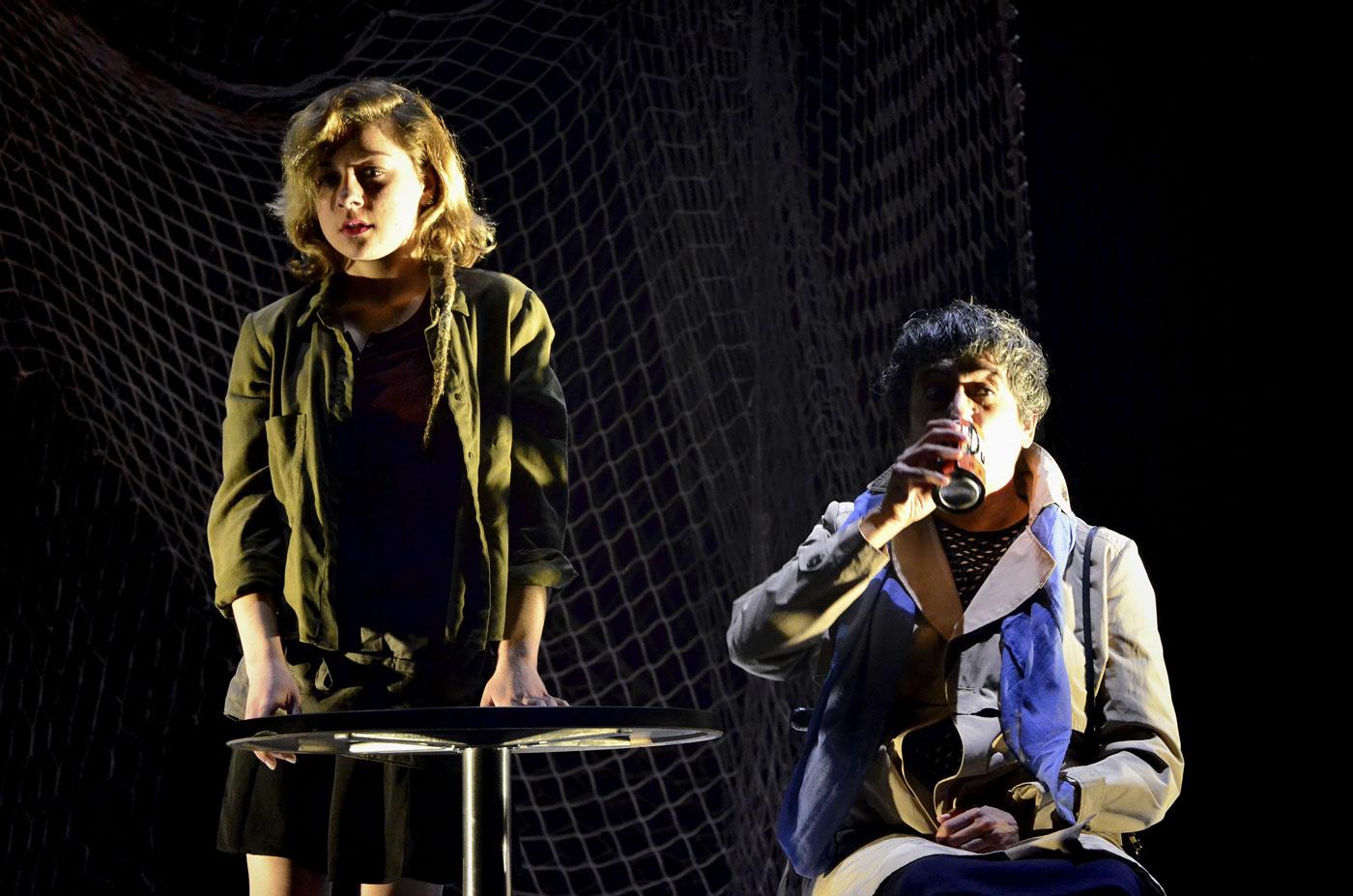 Contra la democracia. Marina Recio y Memé Tabares. © Teatro del Noctámbulo